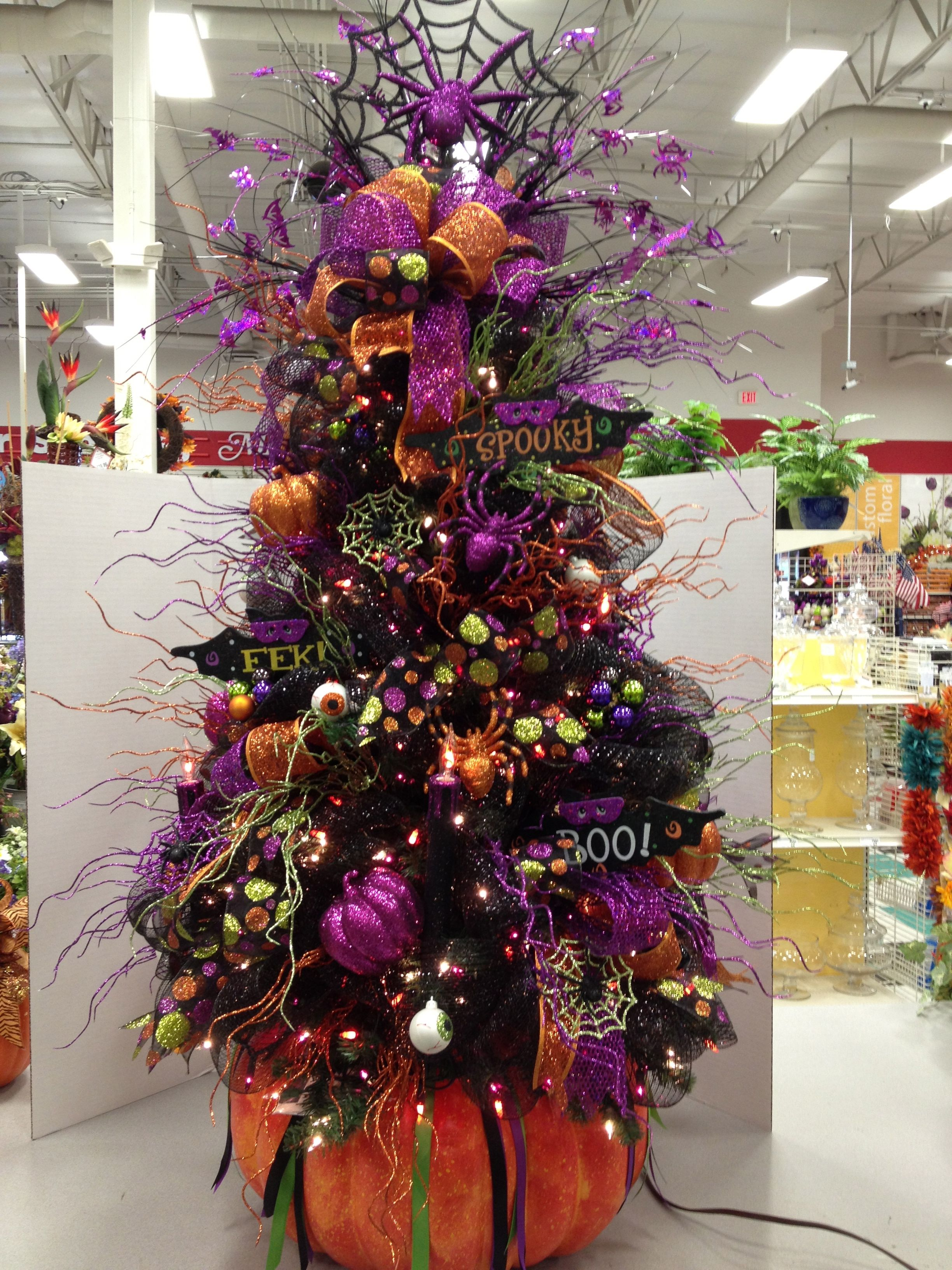 Pin By Theechristianandrew On My Floral Designs Michaels Halloween Tree Decorations Halloween Christmas Tree Halloween Diy