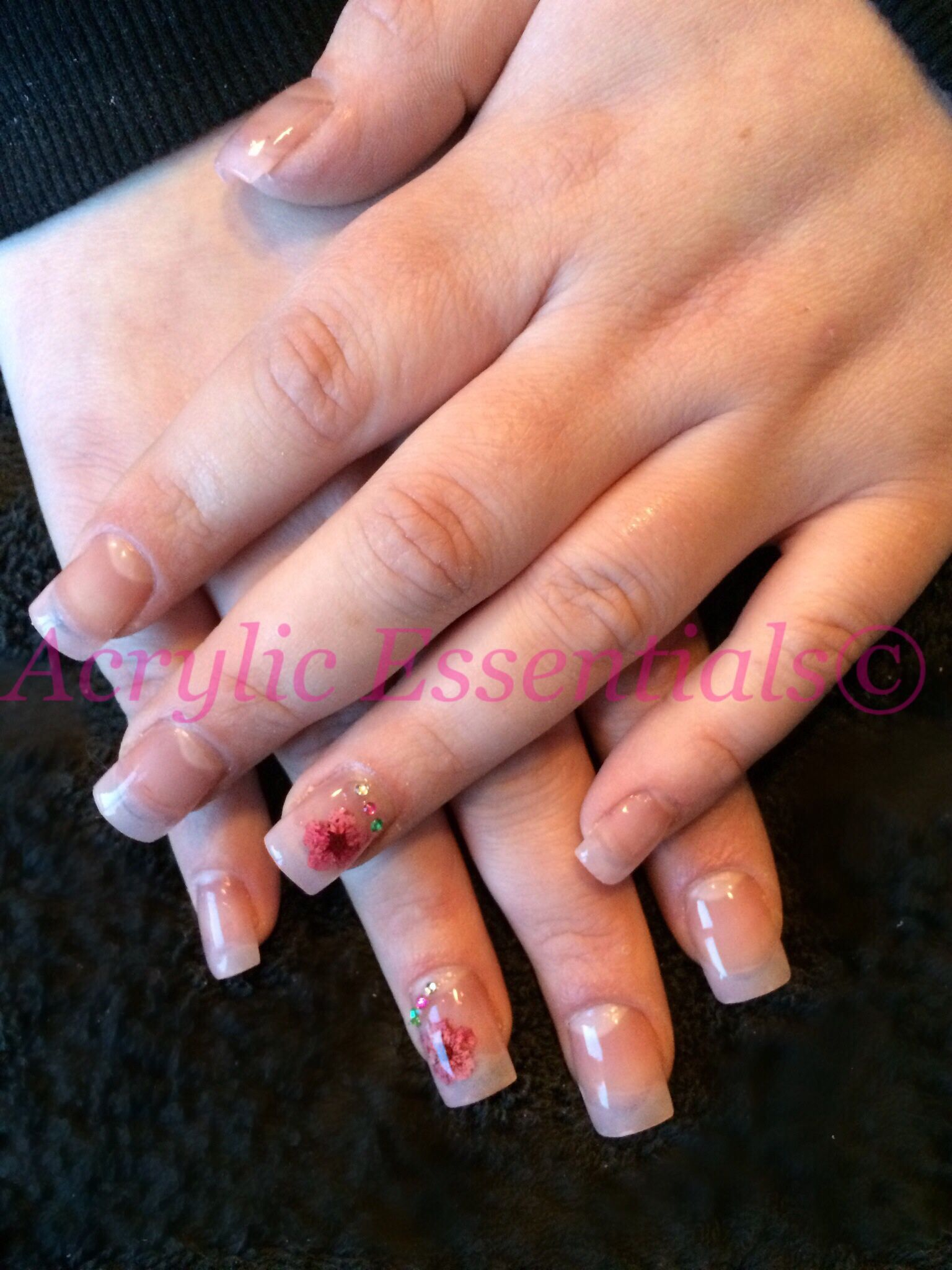 MOBILE NAILS******** Acrylic nails ! Full set from £20, Choose from ...