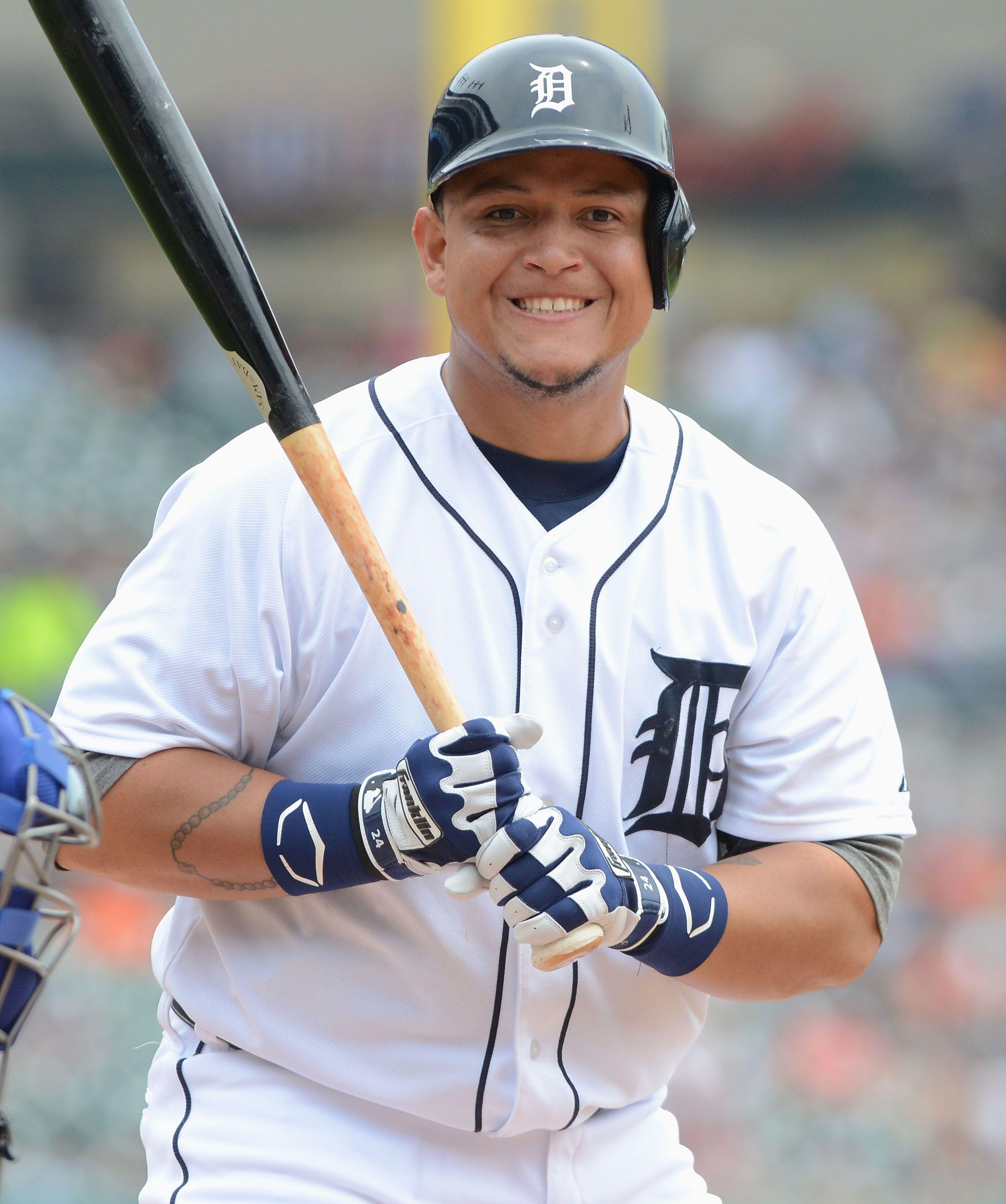 Miguel Cabrera-3B- Detroit Tigers | Tigres de detroit ... Miguel Cabrera Fantasy 2019