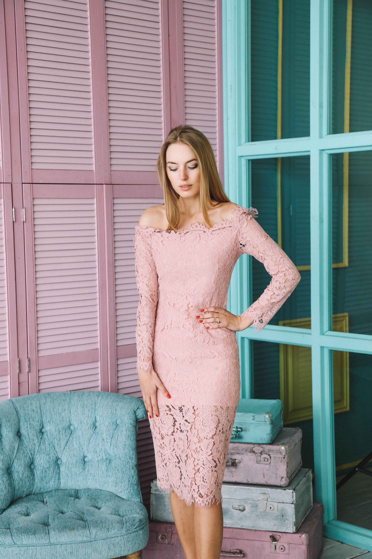 можете с чем носить розовое кружевное платье фото породы чихуахуа