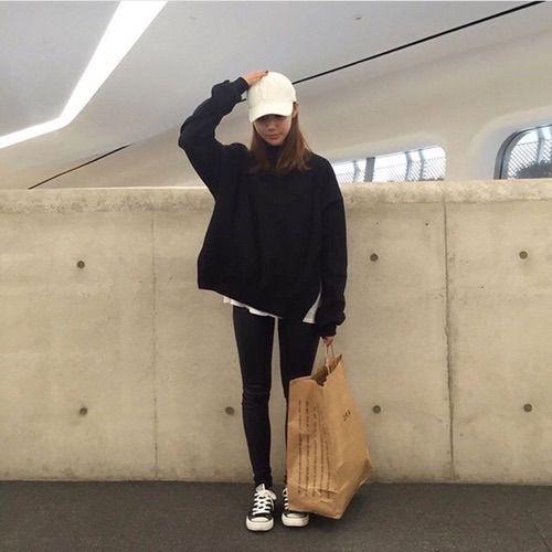2a679326751 Image via We Heart It  aesthetic  asian  black  cap  fashion  girl  grunge   korean  outfit  pale  tumblr  ulzzang  cute