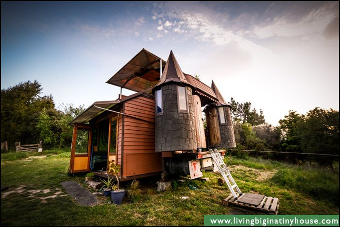 Just When I Think I Ve Seen It All This Is A Tiny Castle On Wheels Built By Justin And Jola When Trav Tiny House On Wheels Tiny House Living House On