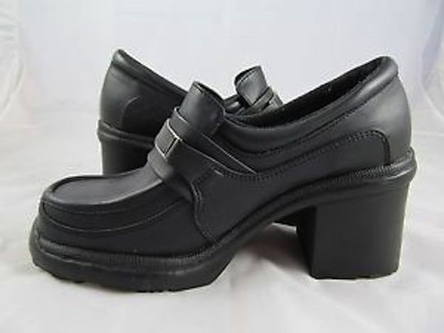 2000s heeled school shoes