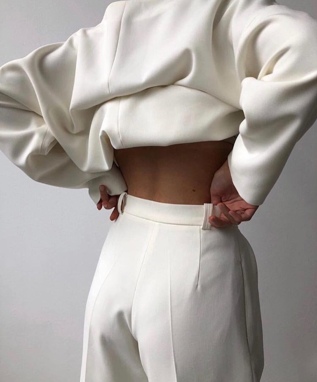 "Moded'amour on Instagram: ""@namelazz"" | Fashion, Fashion ..."