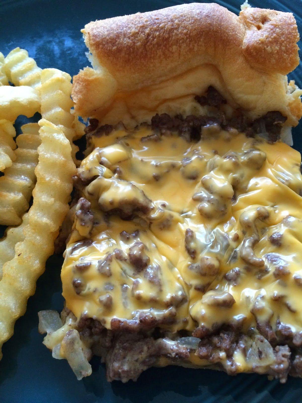 Cheeseburger Pie 1 1 5 Lbs Ground Beef 2 Pillsbury Dough Crescent Roll Tubes 1 Pint Sour Cream