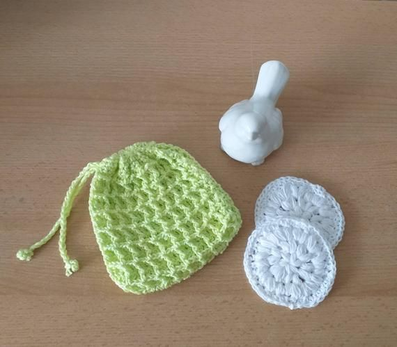 1 Soap Bag And 2 Cosmetic Pods Crocheted In 2020 Soap Bag Reusable Pad Soap