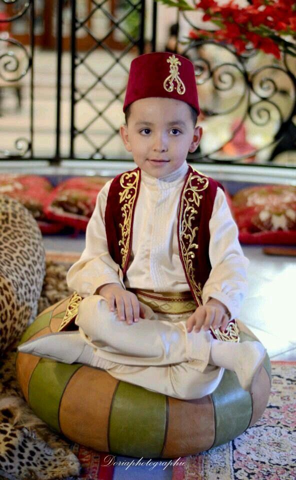 1e088c5db Traditional Dress #Algeria | Magical Algeria | Traditional dresses ...