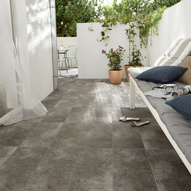 Carrelage terrasse gris 30 x 60 cm tribeca castorama for Photo terrasse carrelage gris
