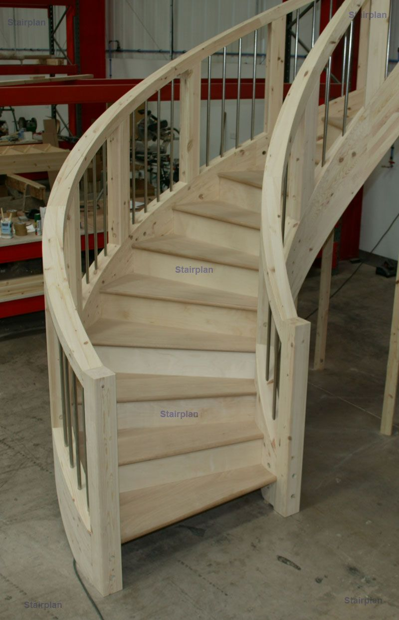 Best Curved Staircases In 2019 Curved Staircase Wooden 400 x 300