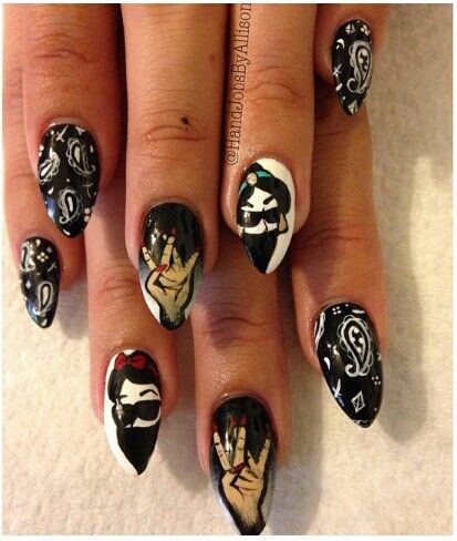 Gangster Jasmine Snow White Nail Art Nail Art Pinterest Snow