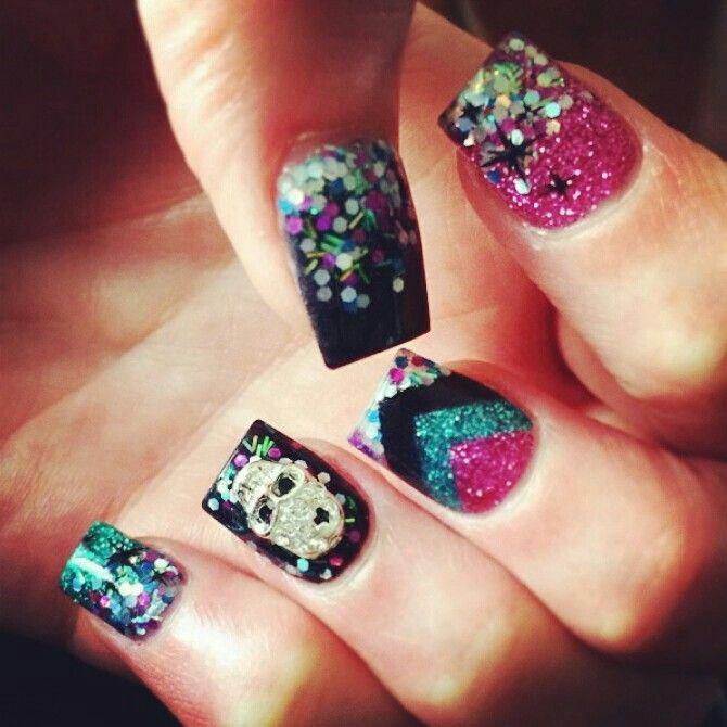 skull and chevron acrylic nails