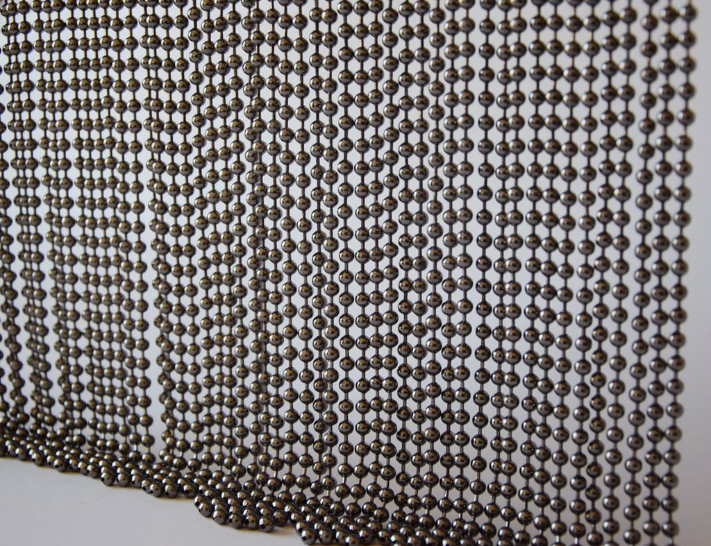 With Various Sizes And Colors The Bead Curtain Can Be Widely Used