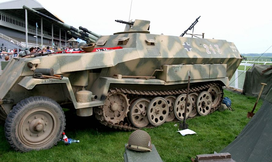 WW2 vehicles and other { 5 pics } German army - Canon Digital ...