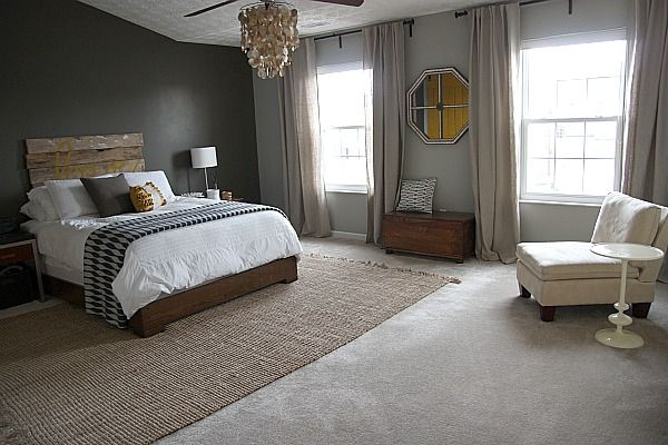 A Rug Over Carpet Is Tough Look To Pull Off But If Done Right 10 Images About On Al Decorating