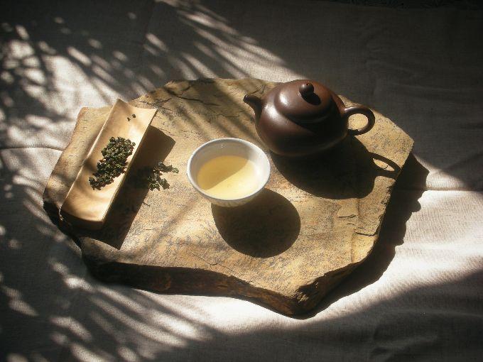 lamaisondupoete TUESDAY SUNSHINE AND HOT TEA