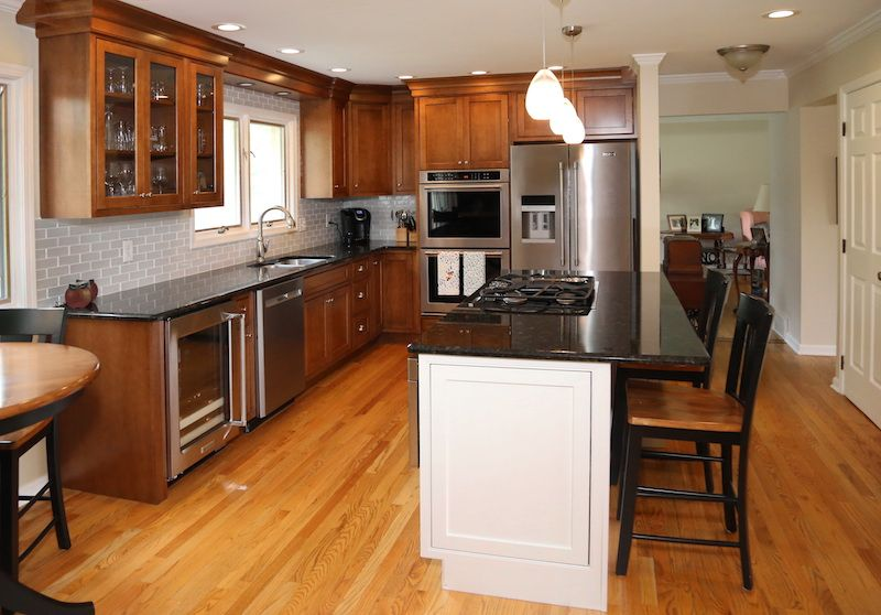 Before and After: Incredible Kitchen Remodel in Aurora, IL ...