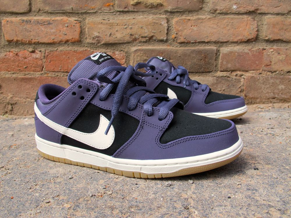 "outlet store a51d7 0aa4b Nike SB Dunk Low Pro ""Raisin"""