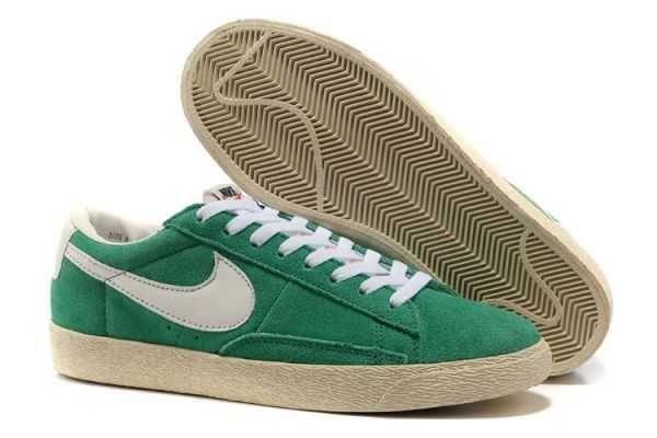 2013 Femme Nike Blazer Low Suede Vintage Lucky Vert Blanc [M13u]