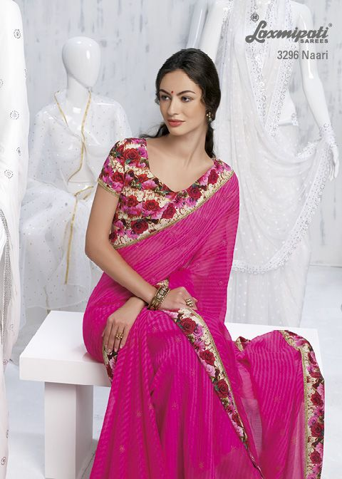 4f0fe7e173ddec This dark pink saree and contrast multi floral printed blouse are  amalgamating and creating new revolutionary pattern.