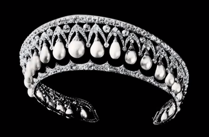 """The """"Gothic"""" Tiara, made by Bolin for Empress Maria Aexandrovna, wife of Emperor Alexander II. Sold in 1928 to the Duke of Marlborough. Later in the collection of Imelda Marcos -- now lost or dismantled."""