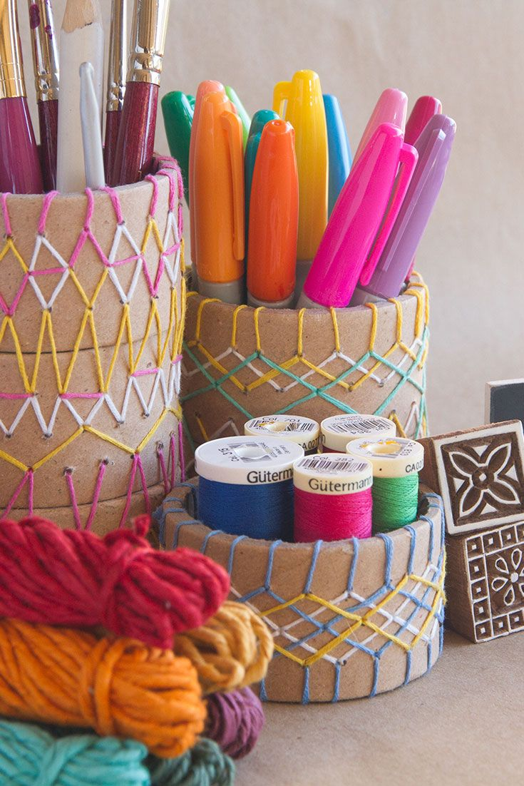 Pinterest-5-Embroidered-Pencil-Holder