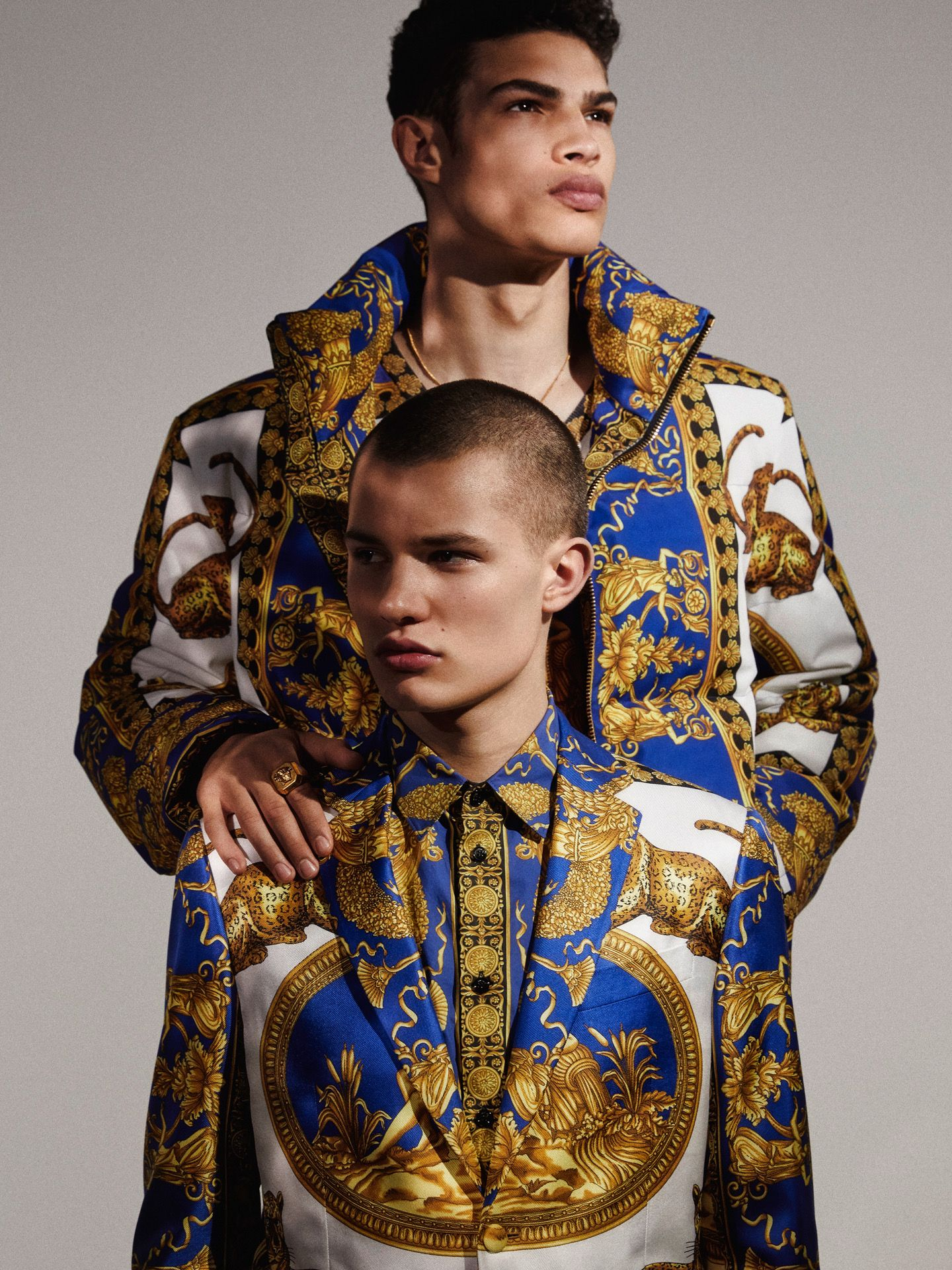 """37d2e08df3dd VERSACE Menswear Pre-Fall 2018 """"Oh Majesty"""" editorial featuring NOAH LUIS  BROWN   JANUSZ KUHLMANN for ESSENTIAL HOMME Summer 2018 Issue photographed  by ..."""
