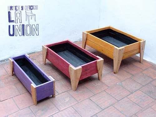 Cajon para huerta o cantero madera reciclada macetas for Muebles cantero