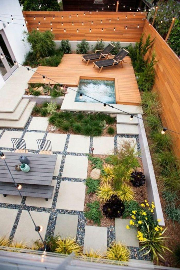 decoracion terrazas, terraza grande con baldosas y madera, mesay - decoracion de terrazas con plantas