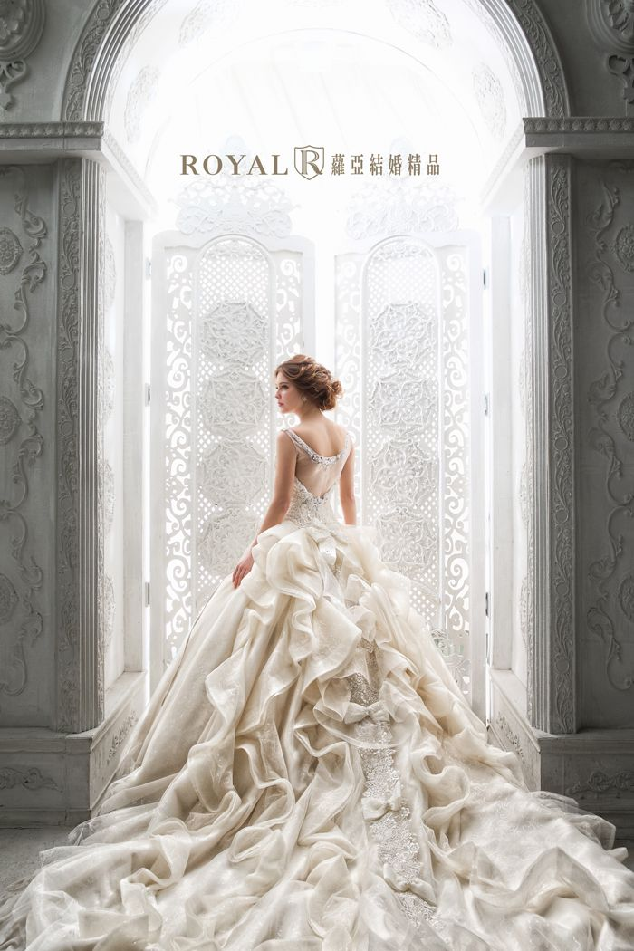5c2cf8de4f0bc6cdfdf6130528ea5214 - Royal Wedding Taipei
