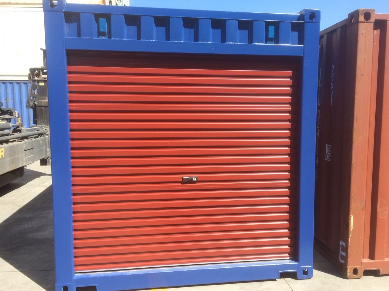 Shipping Containers For Sale In Melbourne In 2020 Shipping Containers For Sale Containers For Sale Roller Doors