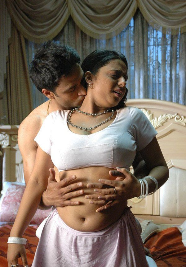 Sunakshi-Nishabd-Viplavam-Spicy-Hot-Stills Steder til-8218
