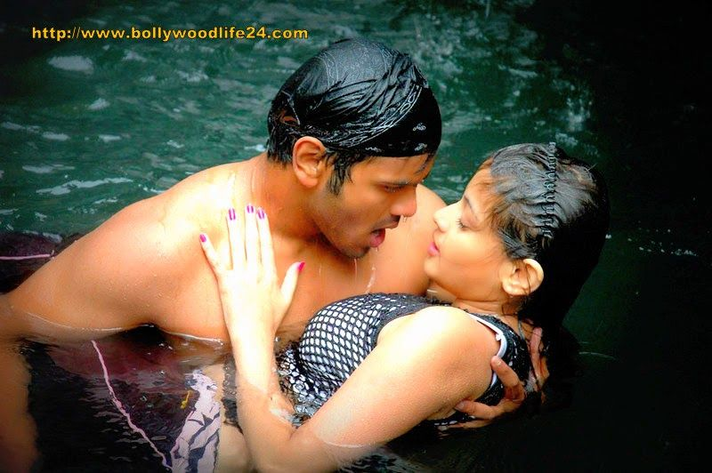 Sneha Hot Sexy Scene From Telugu Movie Bollywood Life 24 Bollywood And Hollywood News
