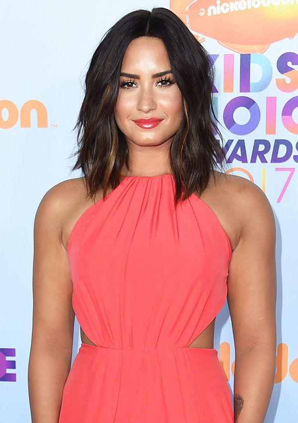 Demi Lovato pulled a last-minute hair makeover at the 2017 ...