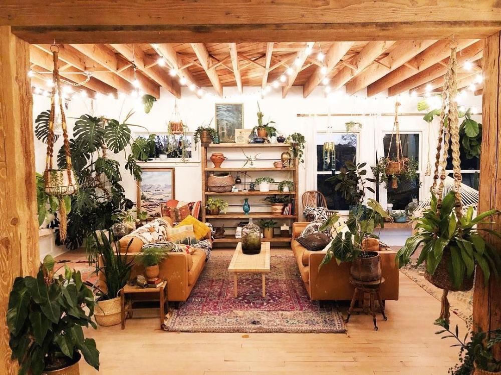 "@vineandvintage on Instagram: ""Feels like home ???? . . . #pocketofmyhome #turkishrugs #finditstyleit #jungalowstyle #myeclecticmix #design123 #monsteradeliciosa #dracena…"" #bohemianwohnen - Temiz Bura #hyggehome"