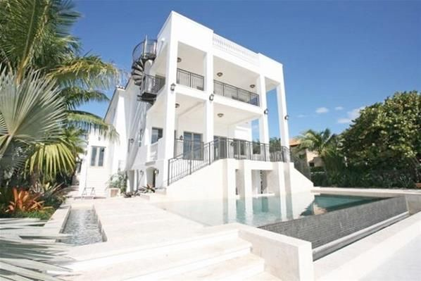 Mansion Of Lebron James Miami Houses Celebrity Houses Mansions