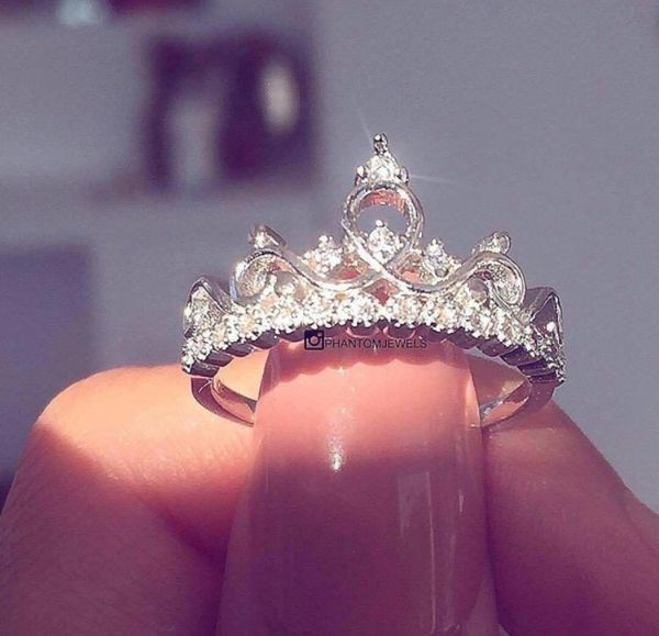 Crown Tiara Diamond Ring size 6 for Sale in Sterling Heights, MI - OfferUp