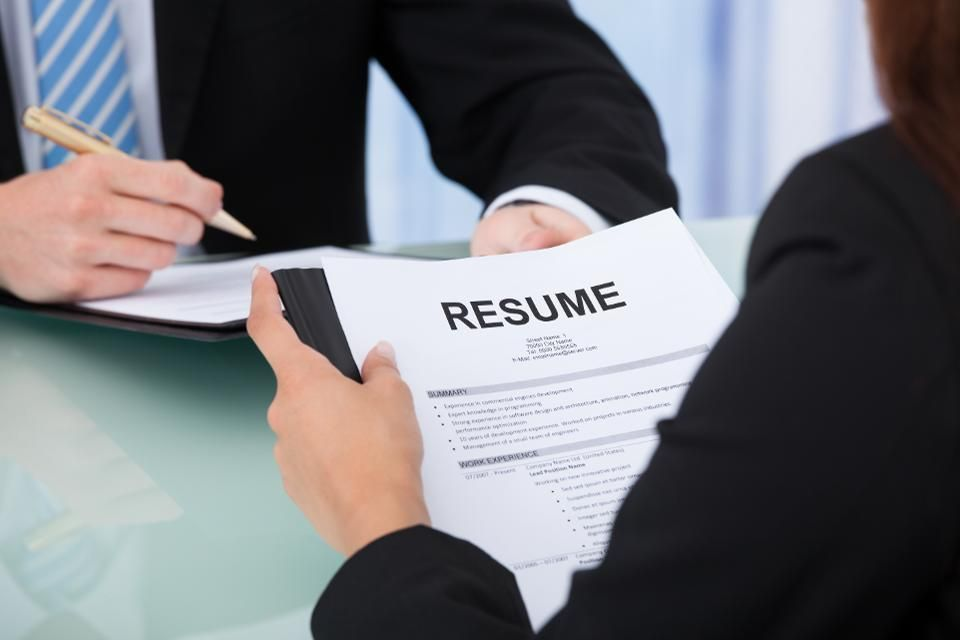 1 Professional Resume Writing Service In India In 2020 Resume Writing Services Cv Writing Service Marketing Resume