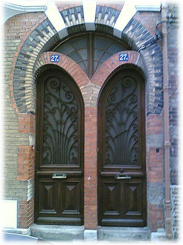Une porte du0027entrée Art Nouveau, à Dieppe (France, 76) Art