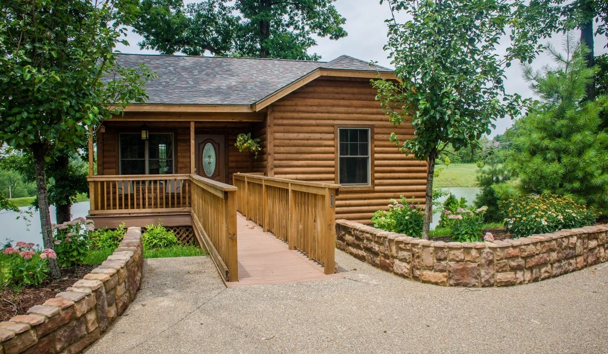 w chetlain ln cabins house accommodation s illinois and cabin bed allen il breakfast log galena guest lodging