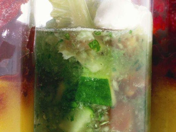 Gemüsesuppe ist ein Rezept mit frischen Zutaten aus der Kategorie Suppen. Probieren Sie dieses und weitere Rezepte von EAT SMARTER!