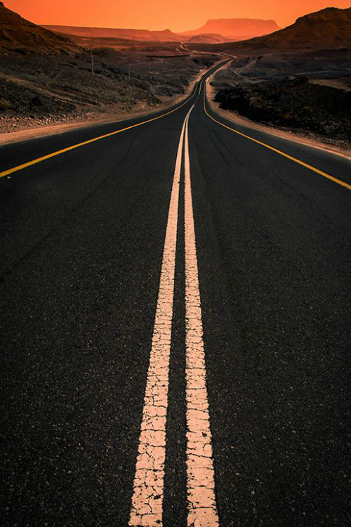 Fantasy Road Trip | Road Trip | Road | Road photo | on the road | the open road | drive | travel | wanderlust | landscape photography | Schomp MINI