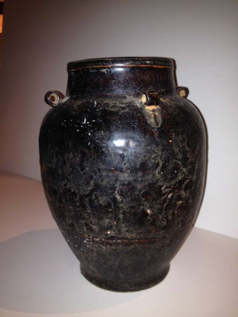 Chinese Distressed Finish Dark Brown Terra Cotta Vase With 4 Small
