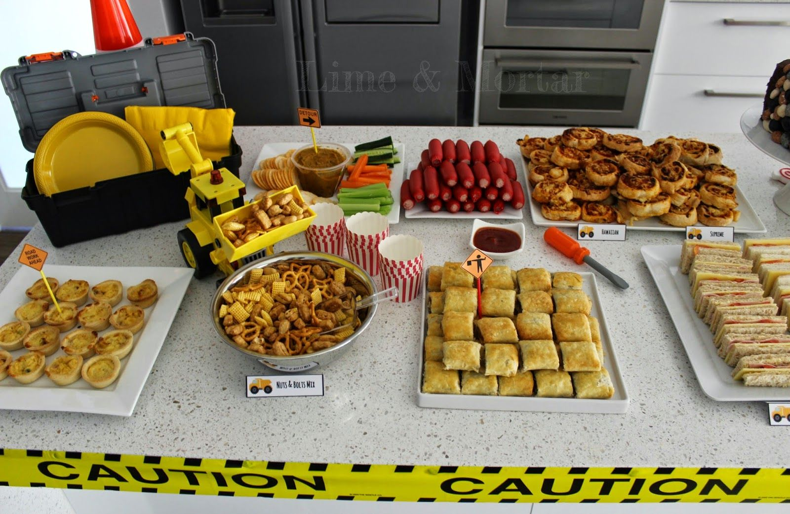 Construction themed party foods google search liam for Cuisine construction