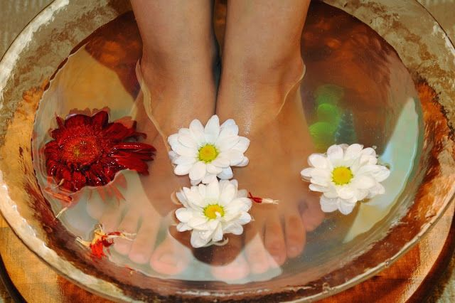 Resultado de imagen para Baño de pies para descarga personal.