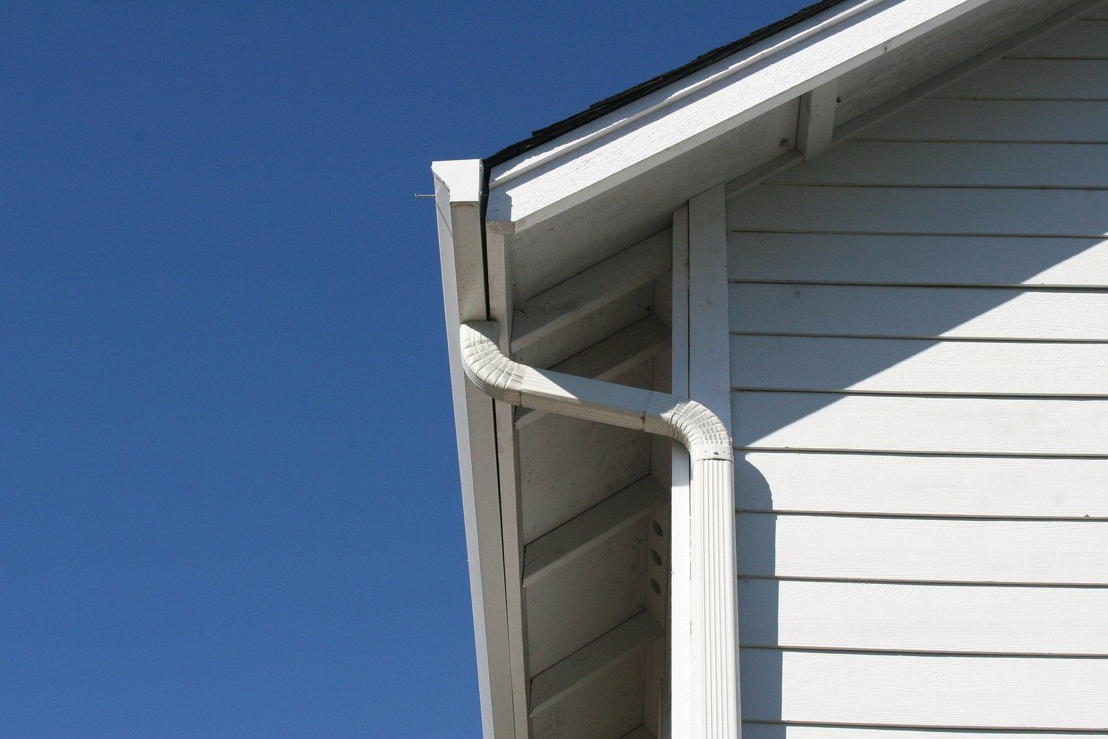 In this blog weull be explaining how to paint aluminum siding