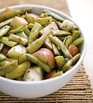 Old-Fashioned Green Beans and Potatoes with Oregano
