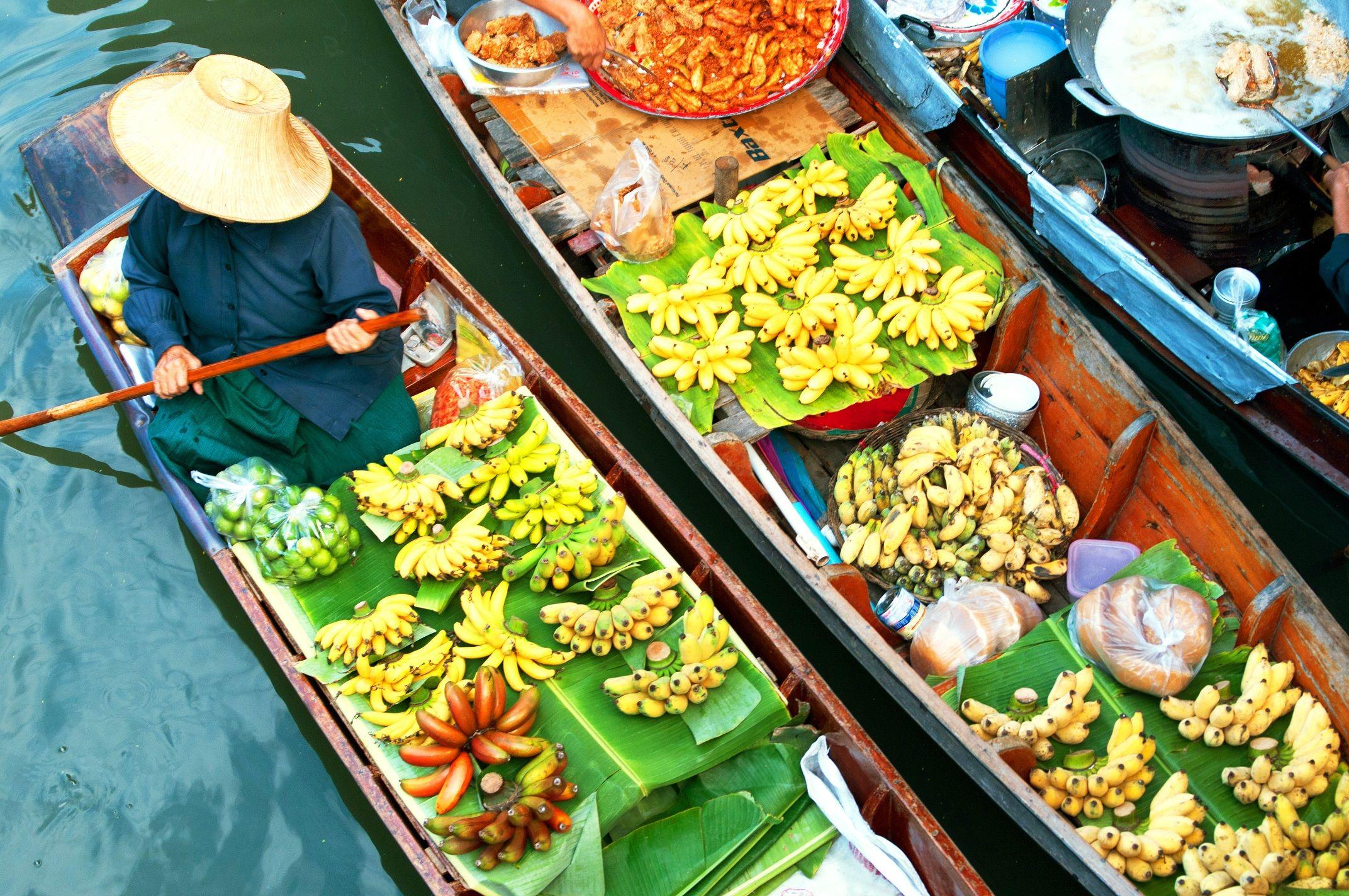 Floating marketing in Bangkok #Condor #Thomascookarilines ...