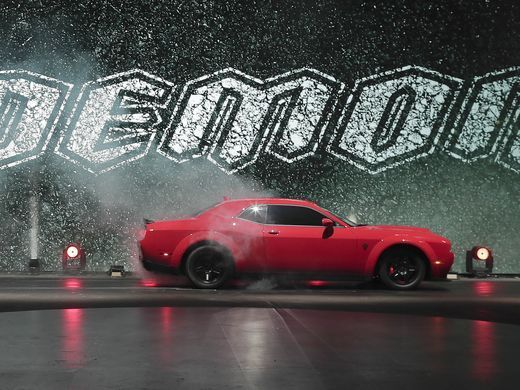 Dodge Demon 840hp 0 60 In 2 3 Seconds 9 6 Second Quarter Mile Records Shattered Fastest Production Car Srt Demon Dodge Challenger Dodge Demon Challenger