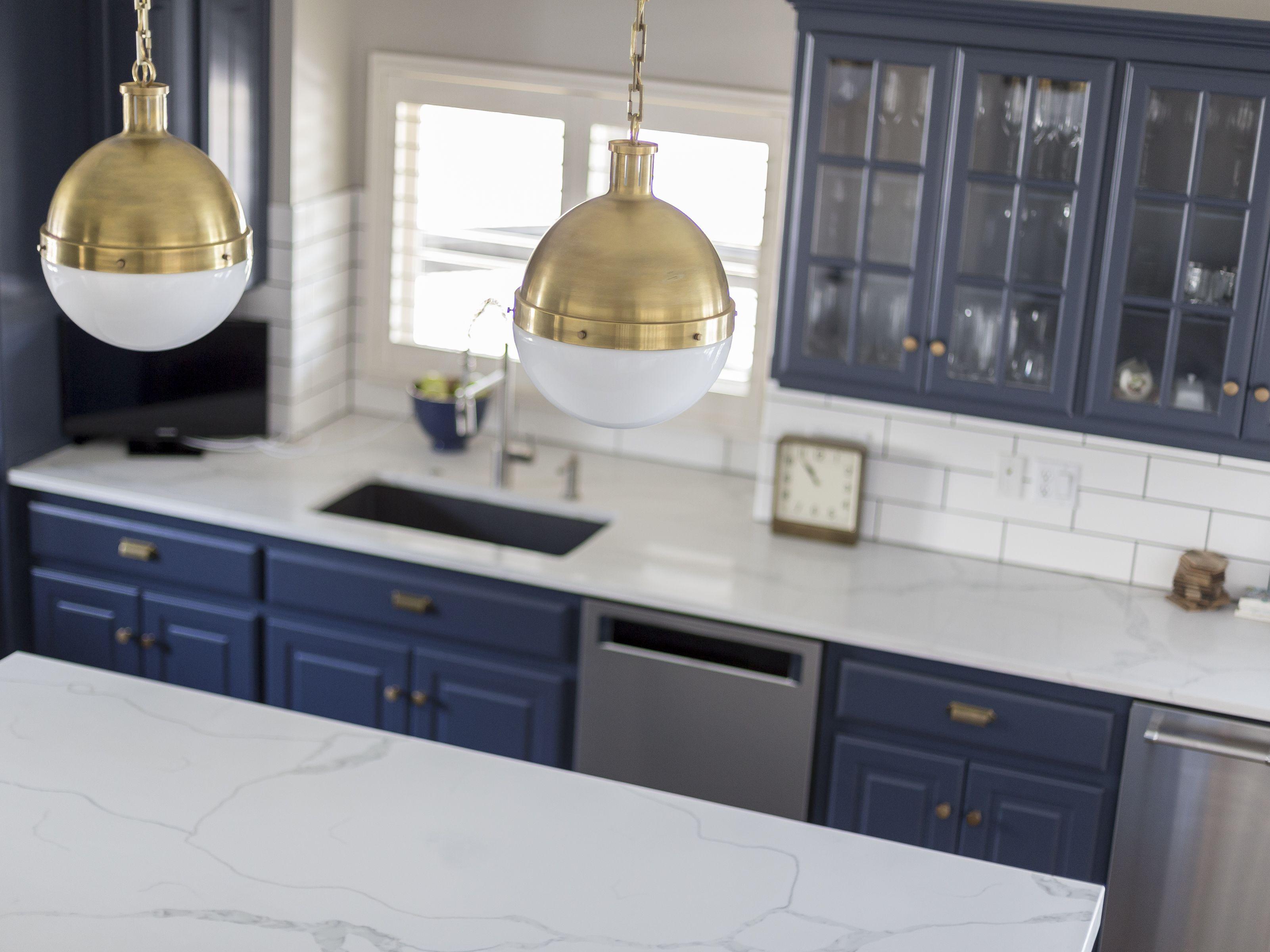 Bm Hale Navy Kitchen Cabinets Kitchen Remodel Kitchen Remodel Small Cape Cod Kitchen Remodel