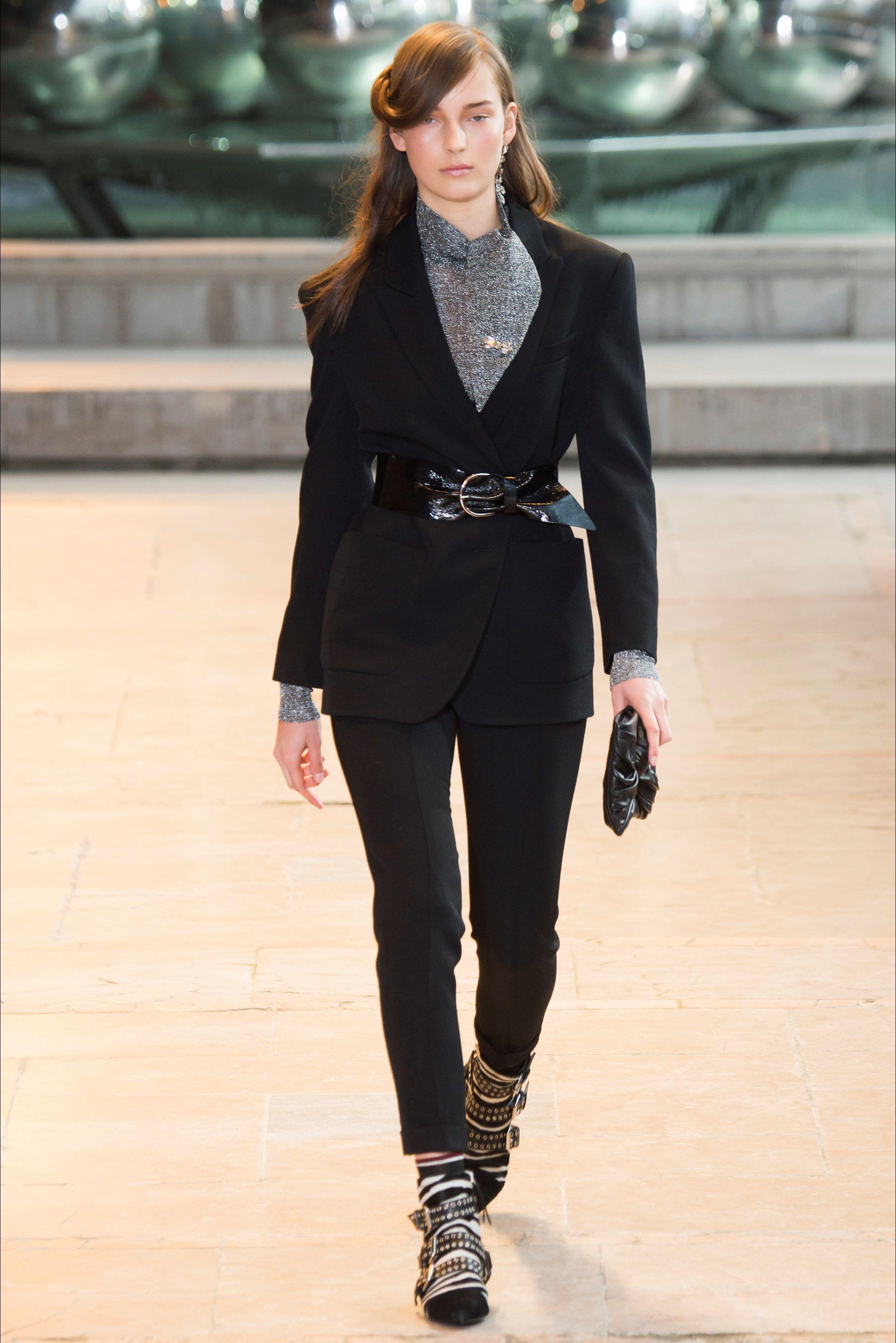 Sfilata Isabel Marant Parigi - Collezioni Autunno Inverno 2016-17 - Vogue 847d204cf72